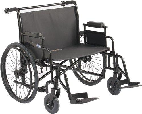 Voici mon fauteuil roulant, équipé pour les personnes avec un certain poids