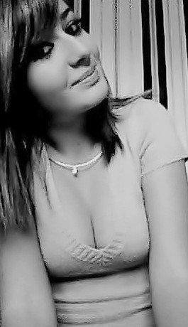 >> L'amour n'est pas l'amour s'il fâne lorsqu'il se trouve que son objet s'éloigne quand la vie devient dure, quand les choses changent, le vrai amour reste inchangé .♥