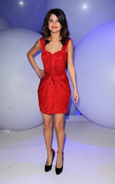March 16, 2011 Selena Gomez 2011 Disney Kids & Family Upfront(23 pics)