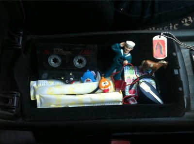 April 22, 2011 Miley cyrus : All the glove box necessities