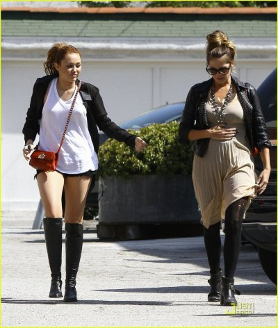 April 23, 2011 Miley Cyrus Going Shopping in Toluca Lake