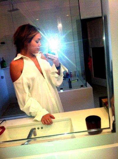 April 27, 2011 @MileyCyrus TwitPics