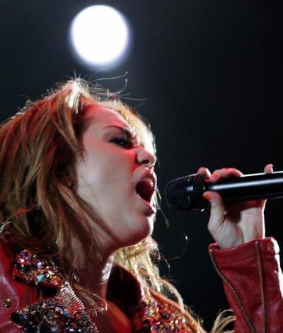 May 10, 2011 Miley Cyrus At Asuncion, Paraguay, Jockey Club (15 pics)
