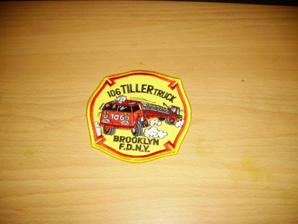 patch pompier usa (106 tiller truck-brooklyn FDNY).