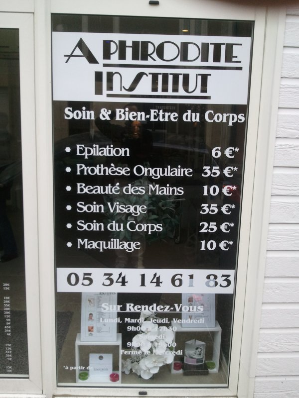 Aphrodite Institut chez Ludowic Lamarre