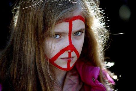 Peace & Love or  I'll Kill you hun !