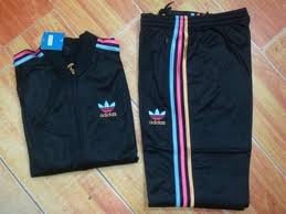 Moon Univers , !  * - Les survettes Adidas ♥ ♥ ...   ║▌E║│L│█I ▌│Z║█║A▌║Moon Univers , !  * - Les survettes Adidas ♥ ♥ ...