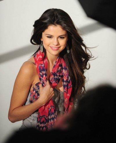 Selena Gomez : Sa ligne de vêtements lui rapporte 80 millions d'euros