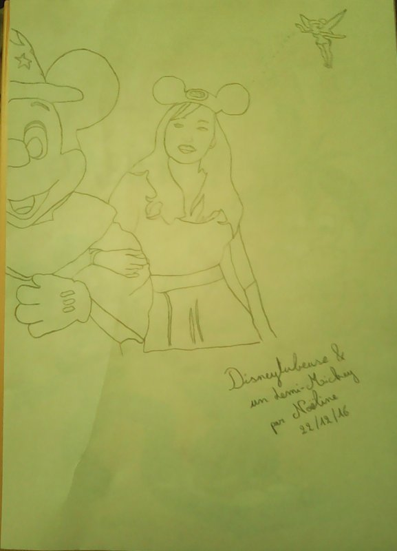 Mes dessins Disney #1 : Pixietubeuse & Mickey Fantasia avec Clochette !