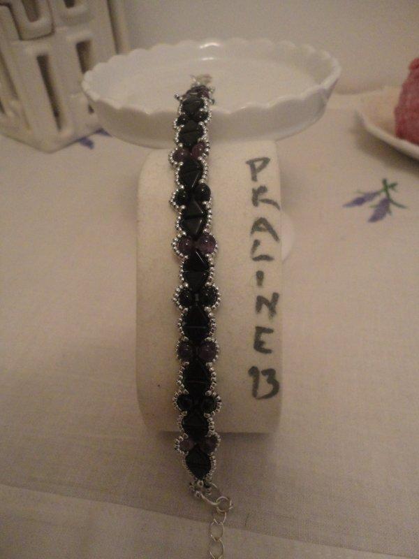 Un deuxième bracelet CAMILLE de PUCA, avec des perles en améthyste, offert à une amie....