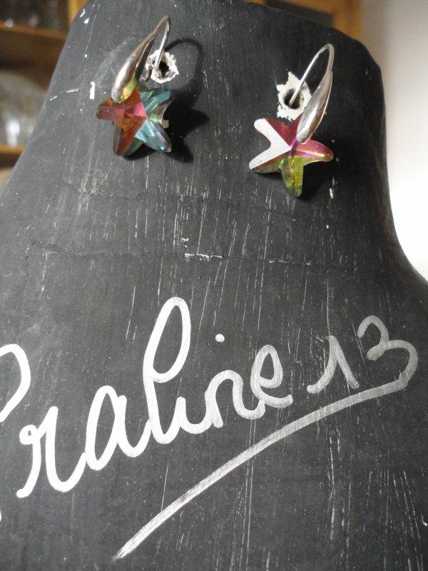 Encore quelques bijoux (sautoir, bracelets et boucles d'oreilles) en argent ou plaqué or, en cristal et loom...