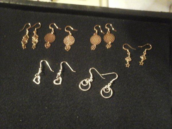 bijoux réalisés hier, à la Boutique A LA FOLIE DES PERLES....en or rose et argent...