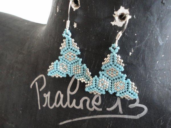 Enfin, quelques bijoux en peyote réalisés il y a quelques mois...