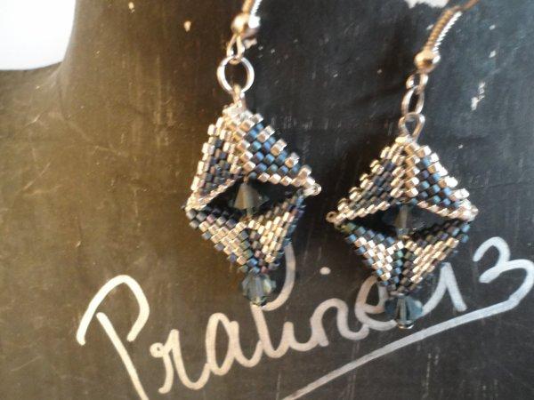 une autre série de bijoux en peyote et supports en argent 925ème....