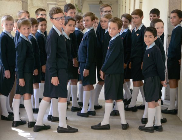 Les Petits Chanteurs à la Croix de Bois -  LE NOUVEAU VESTIAIRE