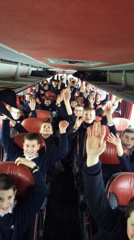 Les Petits Chanteurs à la Croix de Bois - Tournée Janvier 2016 - C'est parti ! Bonne et belle tournée aux Petits Chanteurs à la Croix de Bois !