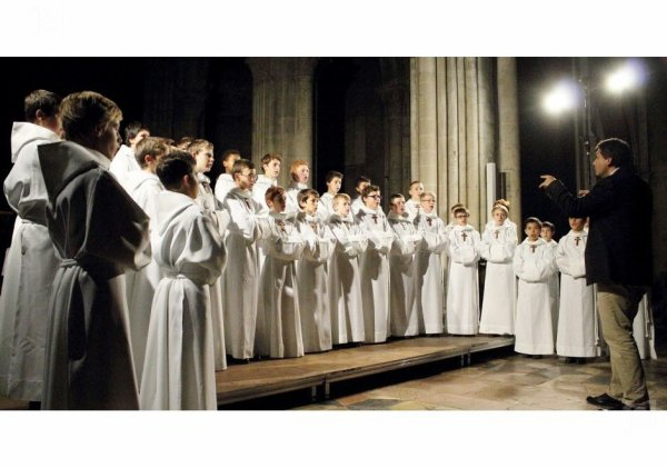 Les Petits Chanteurs à la Croix de Bois -  Tournées  de fin d'année