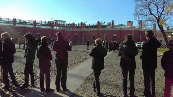 Les Petits Chanteurs à la Croix de Bois -  Visite de la Forteresse Pierre-et-Paul – à Saint-Pétersbourg en Russie