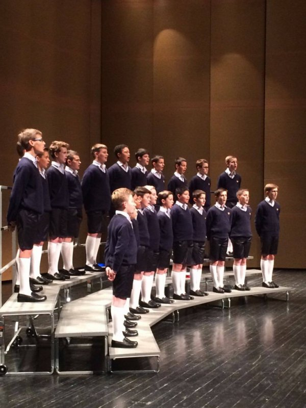 Les Petits Chanteurs à la Croix de Bois - Yantai Grand Theatre yantai –  en Chine le 3 novembre  2016