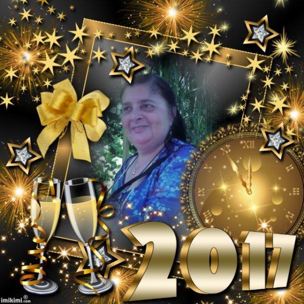 CADEAU POUR TOI MA CHERE AMIE JOJO AVEC TOUS MES MEILLEURS VOEUX POUR 2017 DE JOIE AMOUR BONHEUR PROSPERITE REUSSITE SUCCES SANS OUBLIER LA BONNE SANTE MERCI DE TA FIDELITE GROS BISOUS YOUR FRIEND KIMO