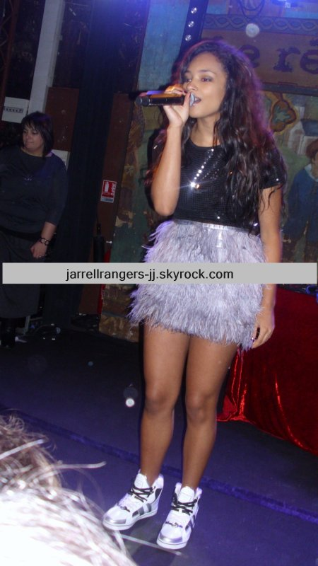 Jessica Jarrell à PARIS ! 11/11/11 (I give her the link of my website so i hope she will see my blog.)