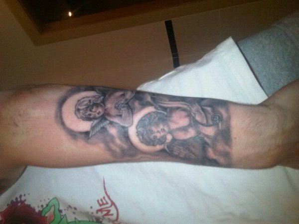 Nouveaux tatouages (Jack Wilshere)