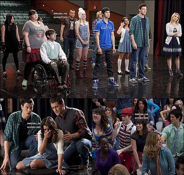 Voici un aperçu de la salle du bal de promo du dernier épisode de la saison deux de Glee. ~   Devinez qui sera élu roi et reine du bal ? Ce n'est autre que Dave Karofsky et Kurt comme reine ! Oui c'est un peu surprenant.Personnellement, je m'attendais pas du tout à cela, j'aurais plutôt penser à Quinn et Finn même si j'aurais voulu Quinn et Puck.