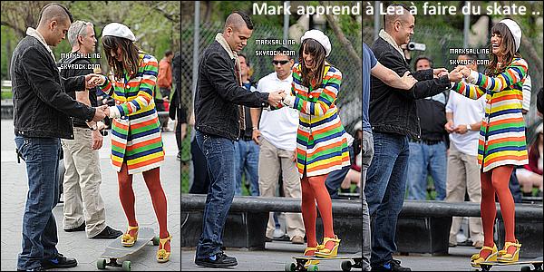 29 avril 2011 ~ Mark et ses co-stars au Washington Square à New York pour le tournage de Glee.