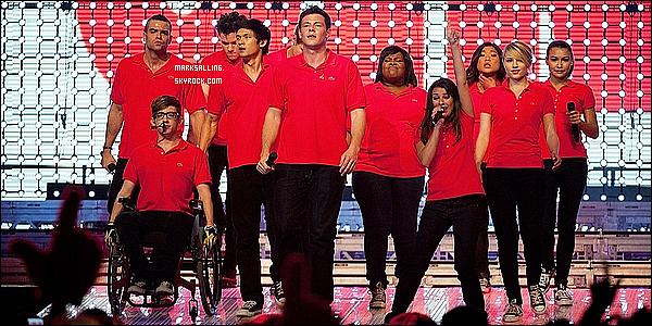 10 juin 2011 ~ Le cast de Glee donner à nouveau un concert, cette fois à Toronto au Canada.