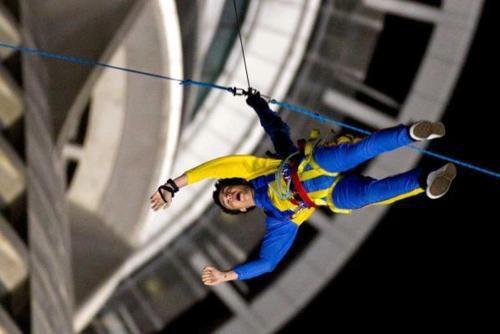 Liam et Louis ont fait du saut à l'élastique # tia