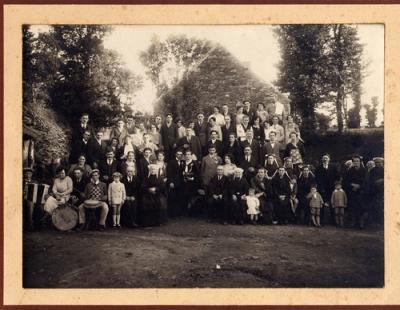 Un mariage en Bretagne en 1931 (tante Yvonne et tonton Louis)