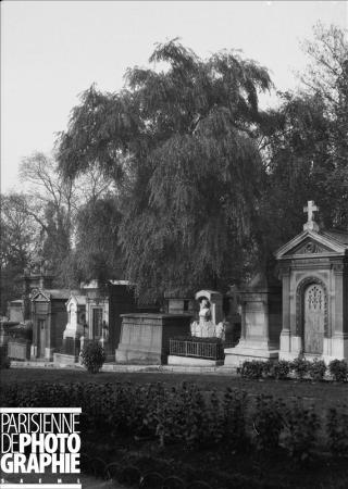 Epitaphe célèbre d'Alfred de Musset au Père Lachaise