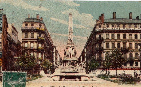 Extrait de ma collection de cartes postales anciennes