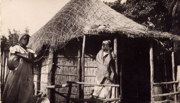 """Extrait de ma collection de cartes postales anciennes """"Ethnologie"""" Pêche"""