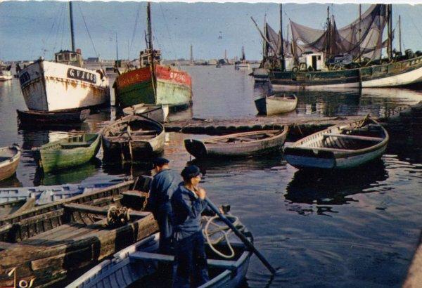 """Extrait de ma collection de cartes postales modernes """"Ethnologie"""" Pêche"""