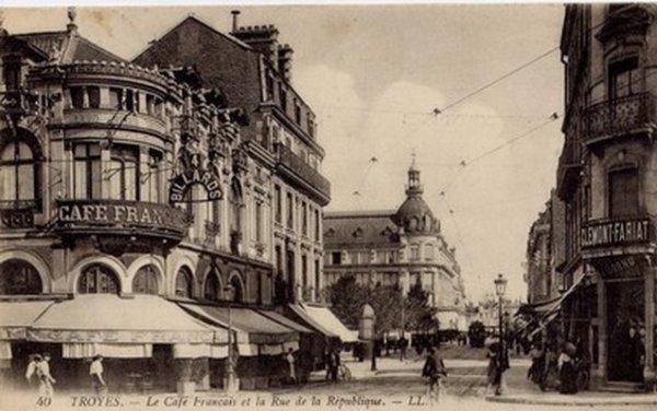 """Extrait de ma collection de cartes postales anciennes et semi-modernes """"Urbanisme"""""""