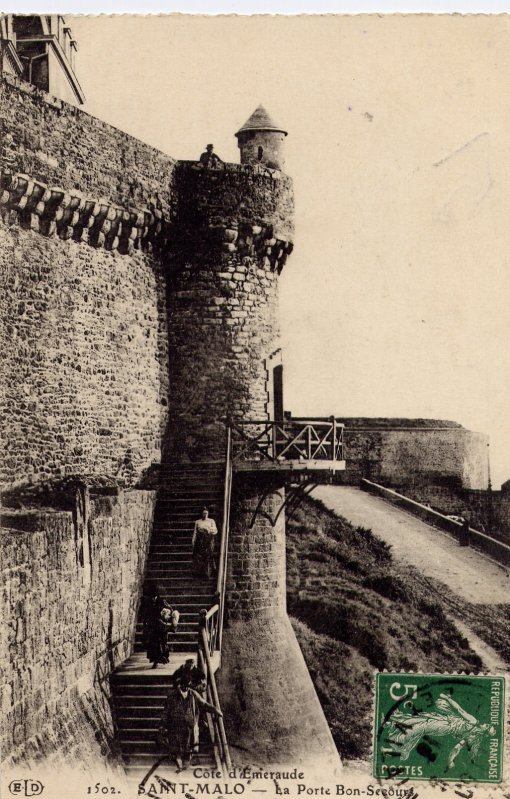 """Extrait de ma collection de cartes postales anciennes """"Architecture"""" Portes et Tours"""