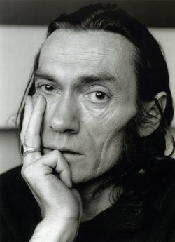 Hommage à Xavier Grall  poète et journaliste breton mort le 11 décembre 1981   (1930-1981)