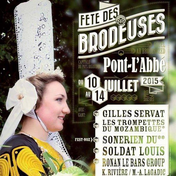 Les coiffes et les broderies bretonnes