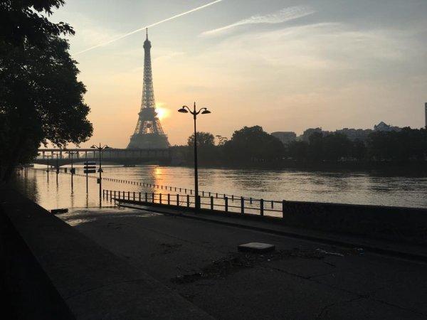 Ouf !  le niveau de la Seine baisse...