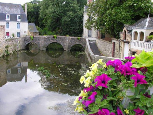 Quelques photos prises au cours de notre récent séjour en ANJOU et en Bretagne (1)