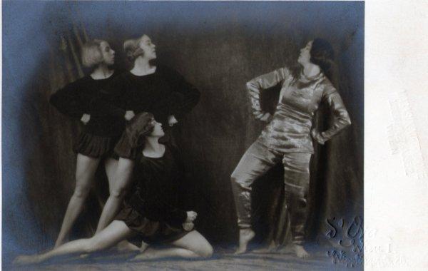 Extrait de ma collection de cartes postales  (Cinéma, Théâtre, Danse, Chant...)
