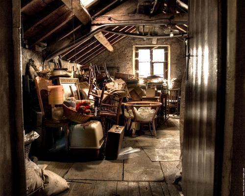 Le grenier, lieu de rêve... et de solitude...