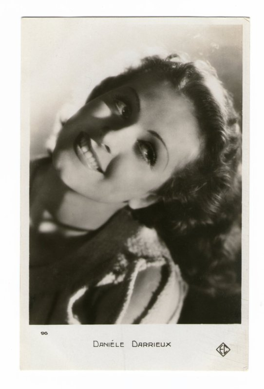 La merveilleuse Danielle Darrieux nous a quittés le 17 octobre, elle avait 100 ans  (1917-2017)