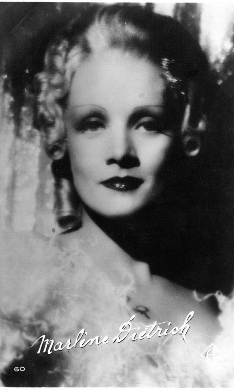 Hommage à Marlène Dietrich née le 27 décembre 1901   (1901-1992)