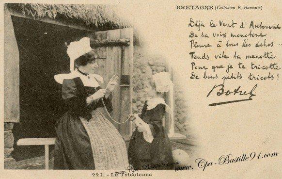 Le tricot  en cartes postales anciennes...
