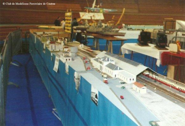 Photos du réseau lors de l'Exposition à Bordeaux en Septembre 1993 et coupure de presse du 15 Décembre 1993