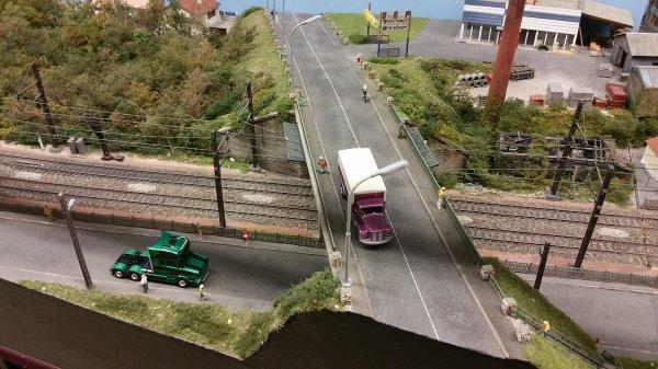 2 camions construits par un membre du club