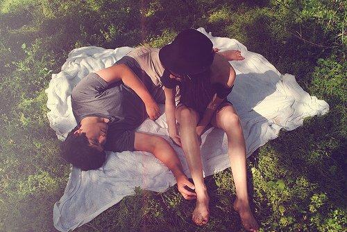 """"""" Chaque personne qu'on s'autorise à aimer, est quelqu'un qu'on prend le risque de perdre."""" Grey's anatomy"""