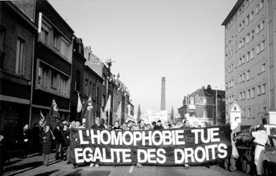 On nés tous citoyens français, tous égaux. Mais une fois homosexuel, l'égalité disparait, et ce n'est pas normal.